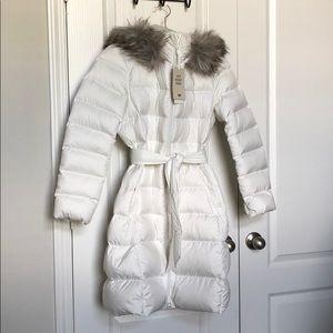 Uniqlo NWT Japan off white parka fur hood